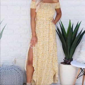 NWT Aakaa Yellow Dress